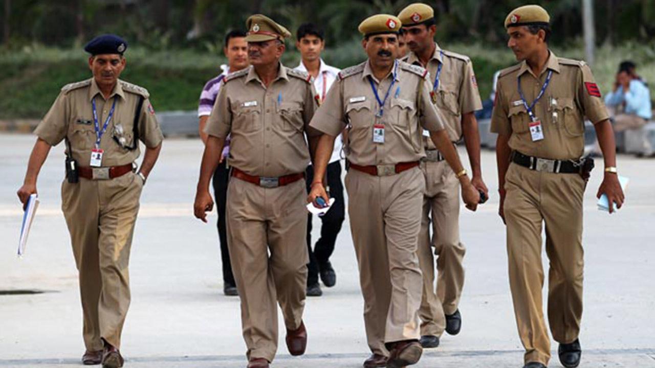 himachal-pradesh-police-social_1554145726.jpg